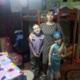 Ира дома уже с детьми